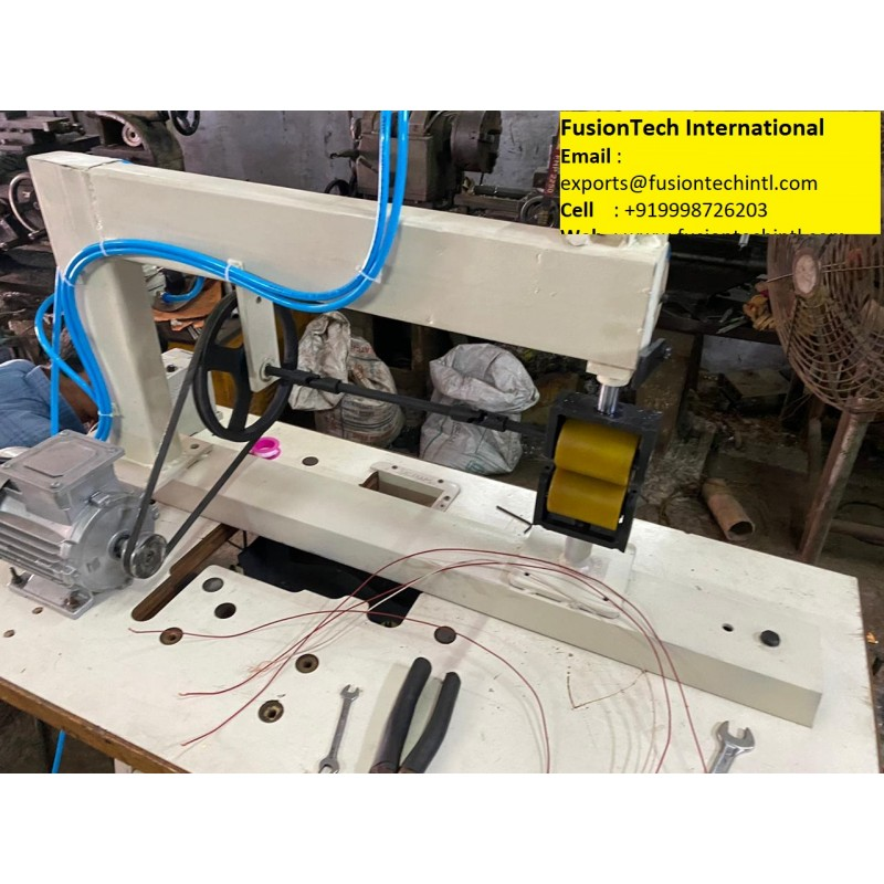 DISPOSABLE GOWN KIT TAPING MACHINE